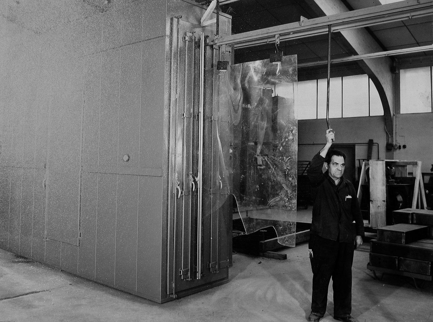 début de la fabrication d'installations de mise en forme par rotation